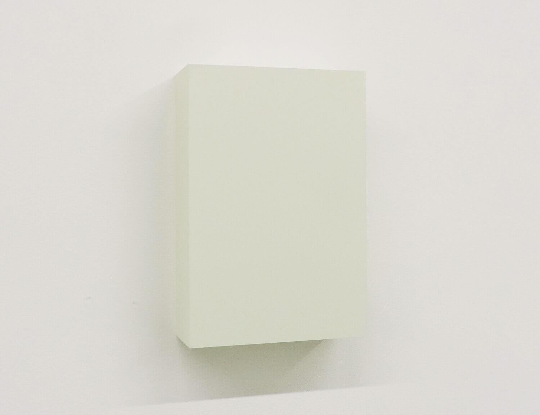 WORK16-6(ivory)アクリルにシルクスクリーン , 10 x 15 x 4 cm , 2016