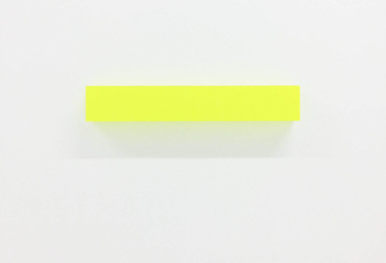 half note_lemon, silkscreen on perspex, 6 x 36 x 4 cm, 2018