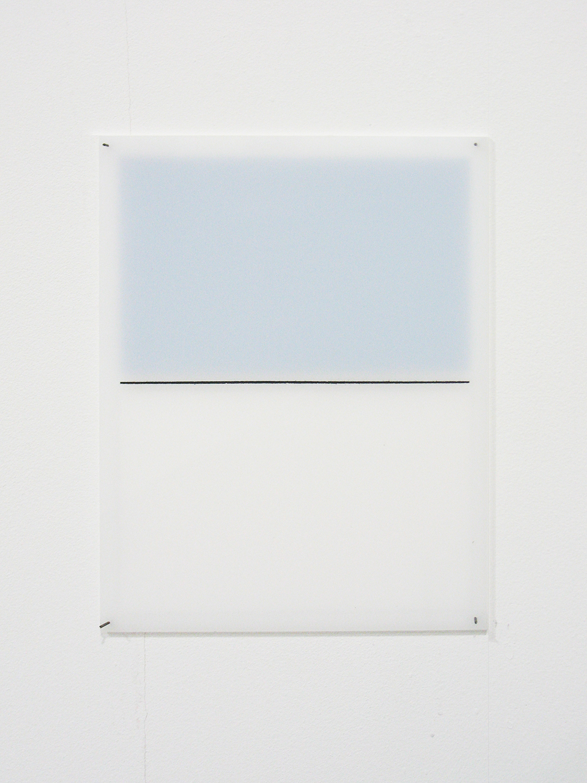 堀尾昭子 Akiko Horio<br>乳白色<br>アクリル, ガッシュ, アクリル 17.5 x 13.5 cm<br>2013