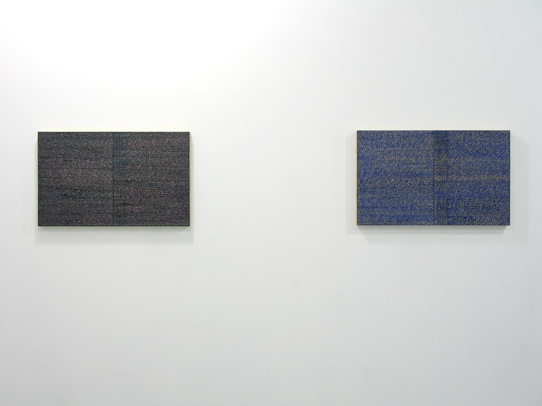 サイモン・フィッツジェラルド Simon Fitzgerald<br>Open Book pink-orange (left) Open Book yellow-blue (right)<br>Oil, Amber on canvas over panel, 37 x 60 cm<br>2008 each