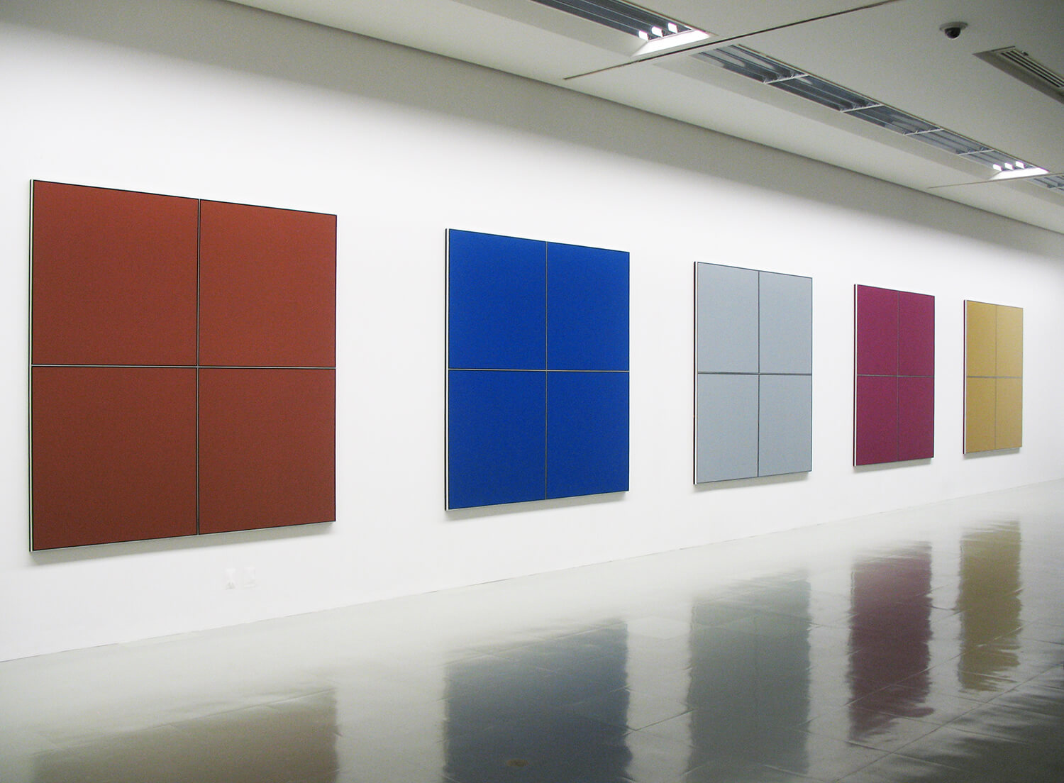 brown, blue, grey, purple, beige 1966<br>acrylic on canvas with aluminum strips (4 panels), 210.8 x 210.8 cm each / col. Museum od Comtemporary, Tokyo