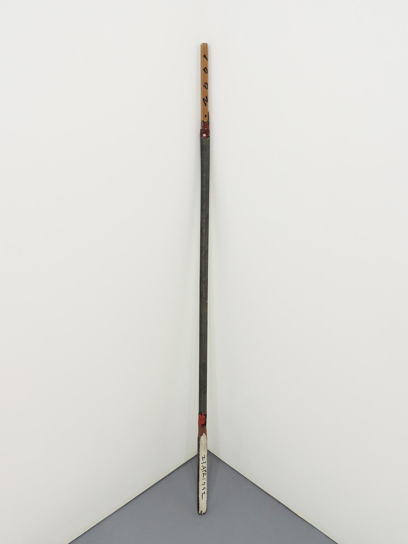 <b>Untitled</b><br>Acrylic, iron, wood 141.5 x 2.7 x 2.6 cm 1992