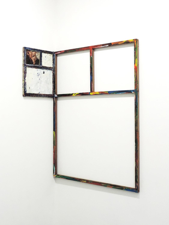 <b>Untitled</b><br>Acrylic on wood 125 x 98.5 x 2.8 cm<br>Acrylic on canvas 45.6 x 38 cm 2000-07