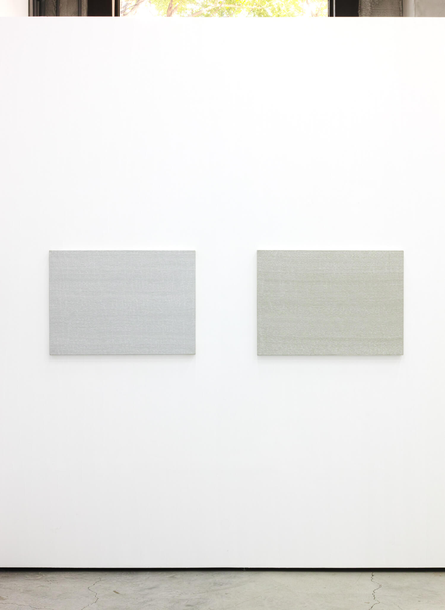 'Breath - warm gray'  (left) & 'Breath - cool gray' (right)<br>Oil on canvas , 56 x 78 cm, 1996 each