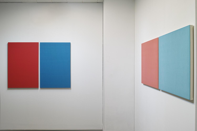鈴木隆|TAKASHI SUZUKI<br>Text No. 888|Oil on linen|911 x 1242 x 40 mm (overall, 2 pieces)|2011 (left)<br>Light|acrylic, ink on cotton|606 x 1852 x 30 mm (overall, 2 pieces)|2010 (right)