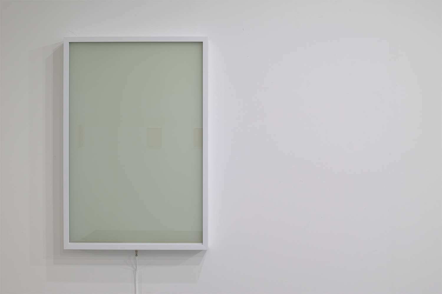 the Void|Glass, liquid crystal, mirror, metal, electronic materials|60 x 90 x 7 cm|2018
