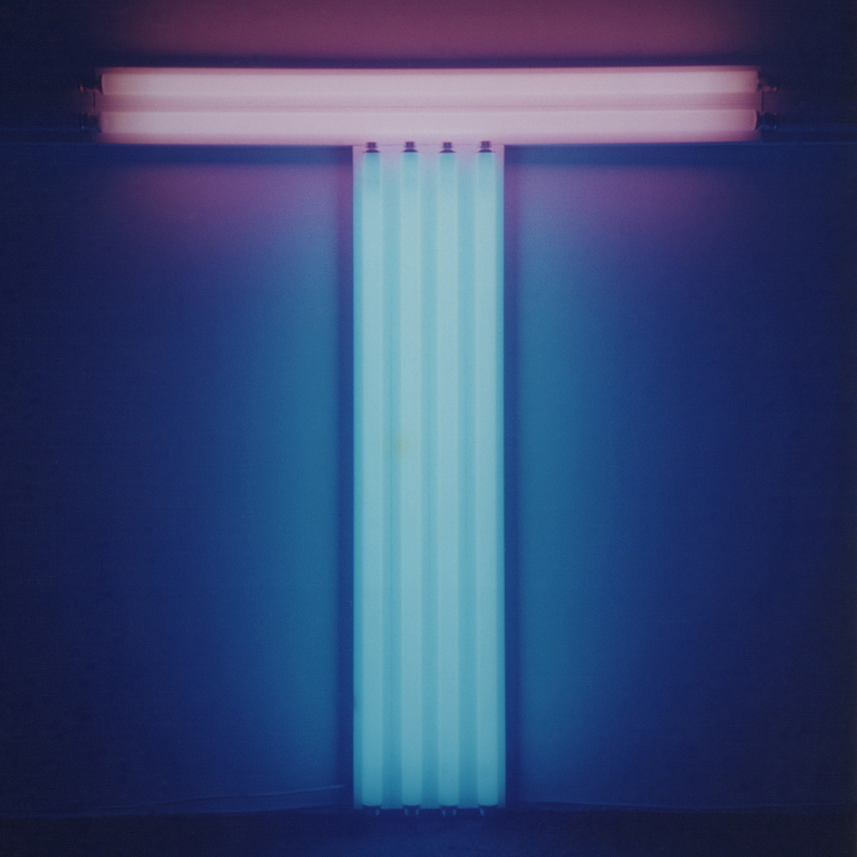 Untitled (To Don Judd, colorist)|blue and pink fluorescent lights|137 x 122 x 10 cm|1987