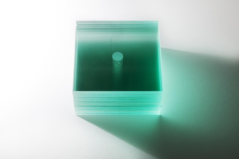 あしたの記憶|tomorrow's memory|ガラス、絵の具|glass, paint|2006