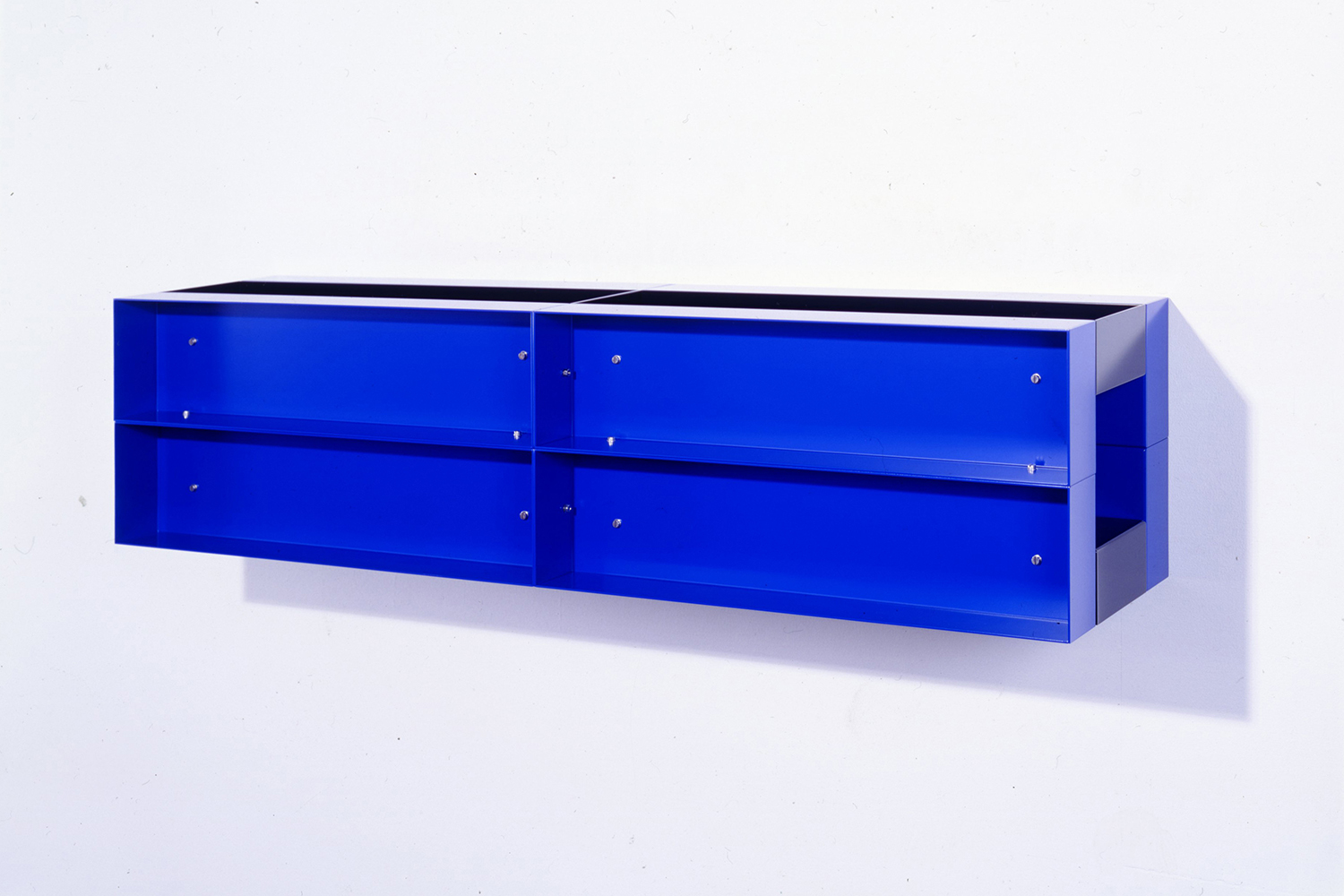 Untitled 1989|painted aluminum wall sculpture|30 x 120 x 30cm