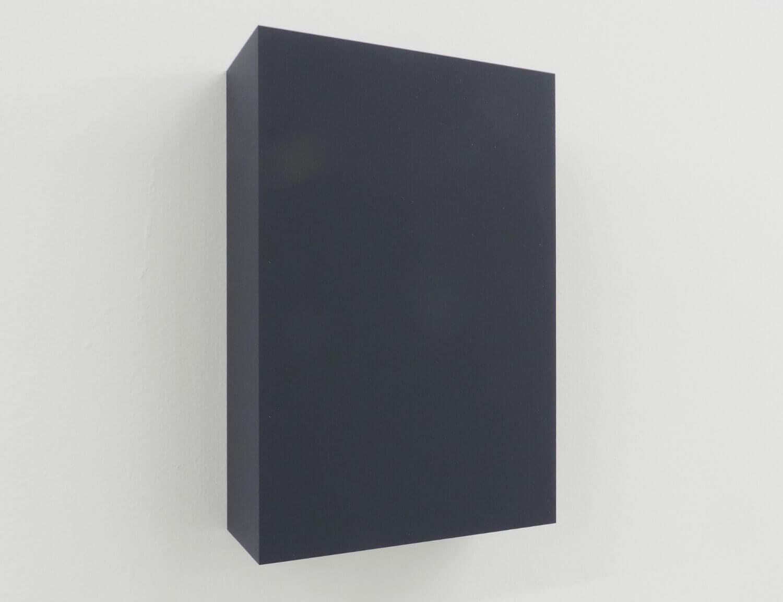 WORK16-3(dark blue)アクリルにシルクスクリーン , 10 x 15 x 4 cm , 2016