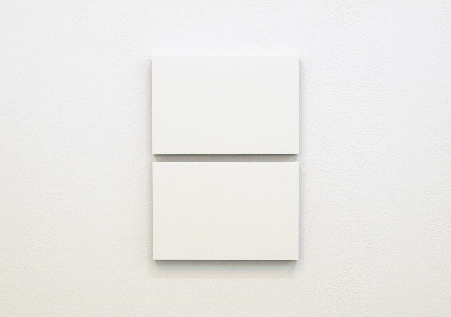 2col-09(off white & white)casein, pigment on canvas & aluminum (2 parts, 10 x 15 cm each)