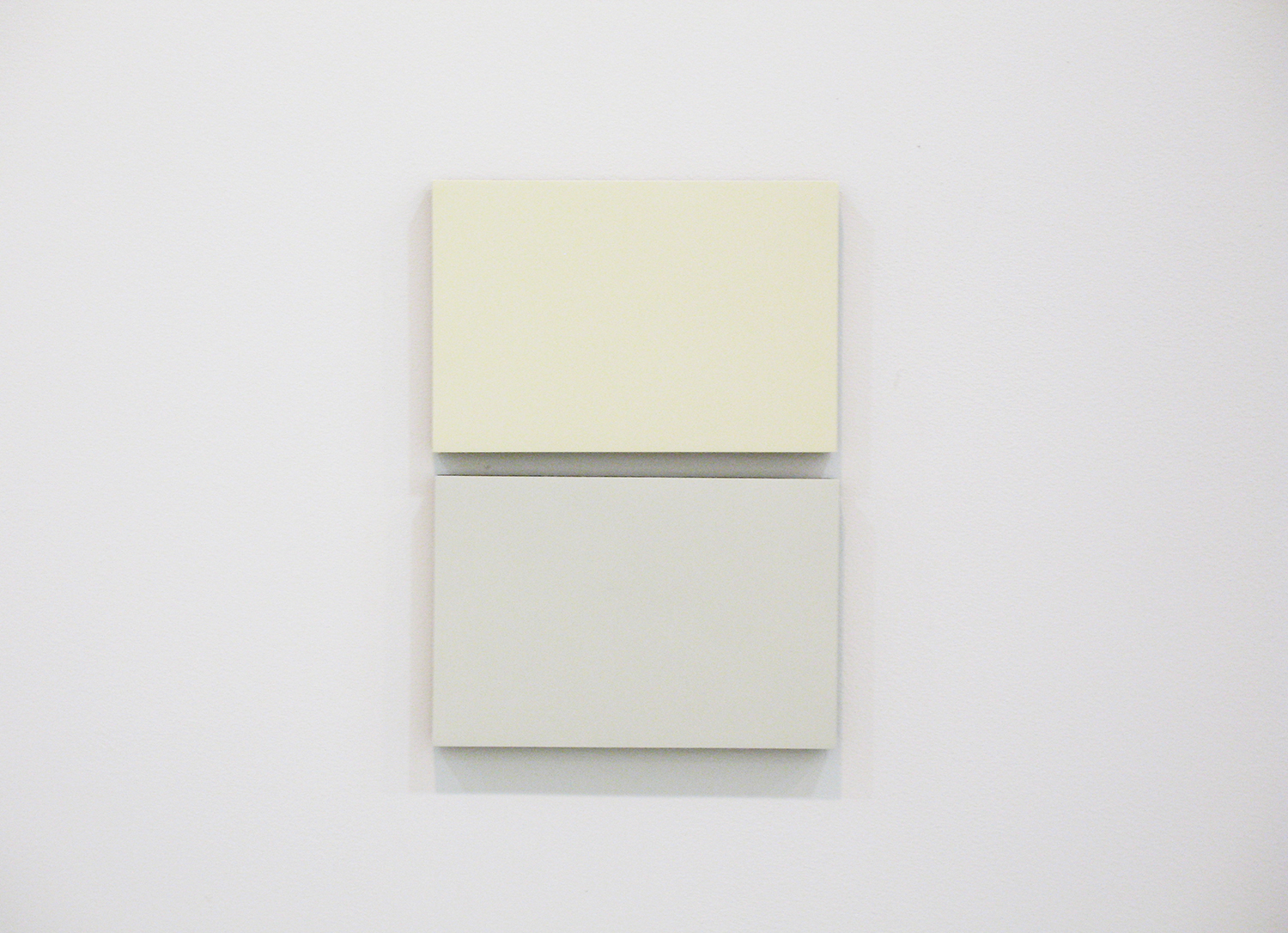 2col-09(ivory & gray)casein, pigment on canvas & aluminum (2 parts, 10 x 15 cm each)