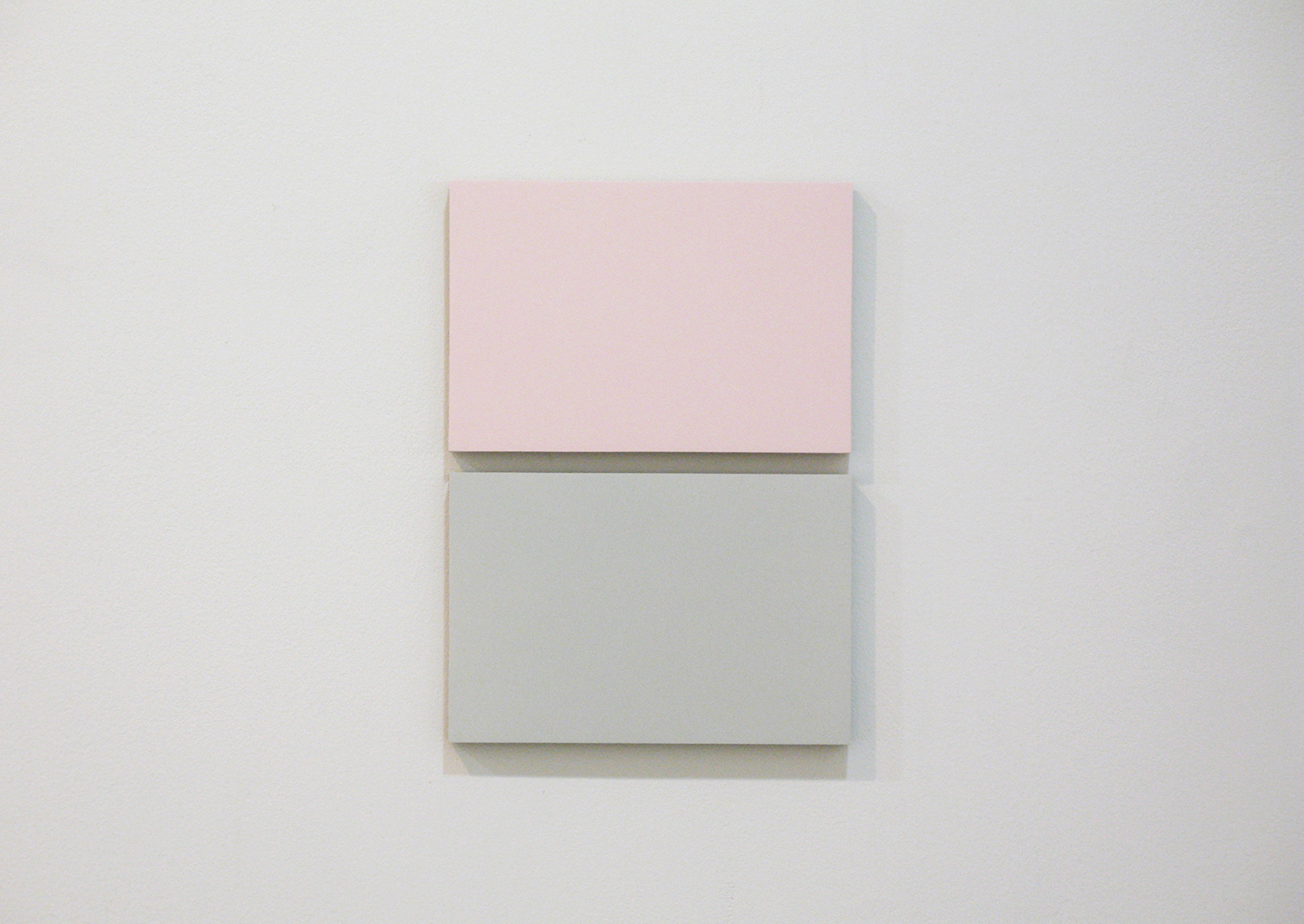 2col-09(pink & gray)casein, pigment on canvas & aluminum (2 parts, 10 x 15 cm each)