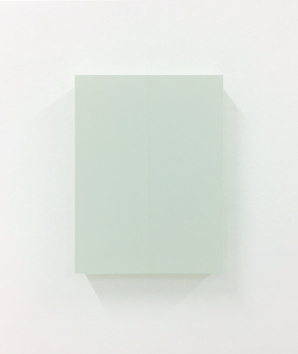 half note_light gray, silkscreen on perspex, 24 x 18 x 4 cm, 2018