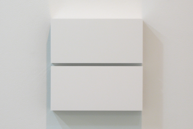 Two Colors 4|Aluminum, casein, pigment|25 x 25 x 6 cm|2011