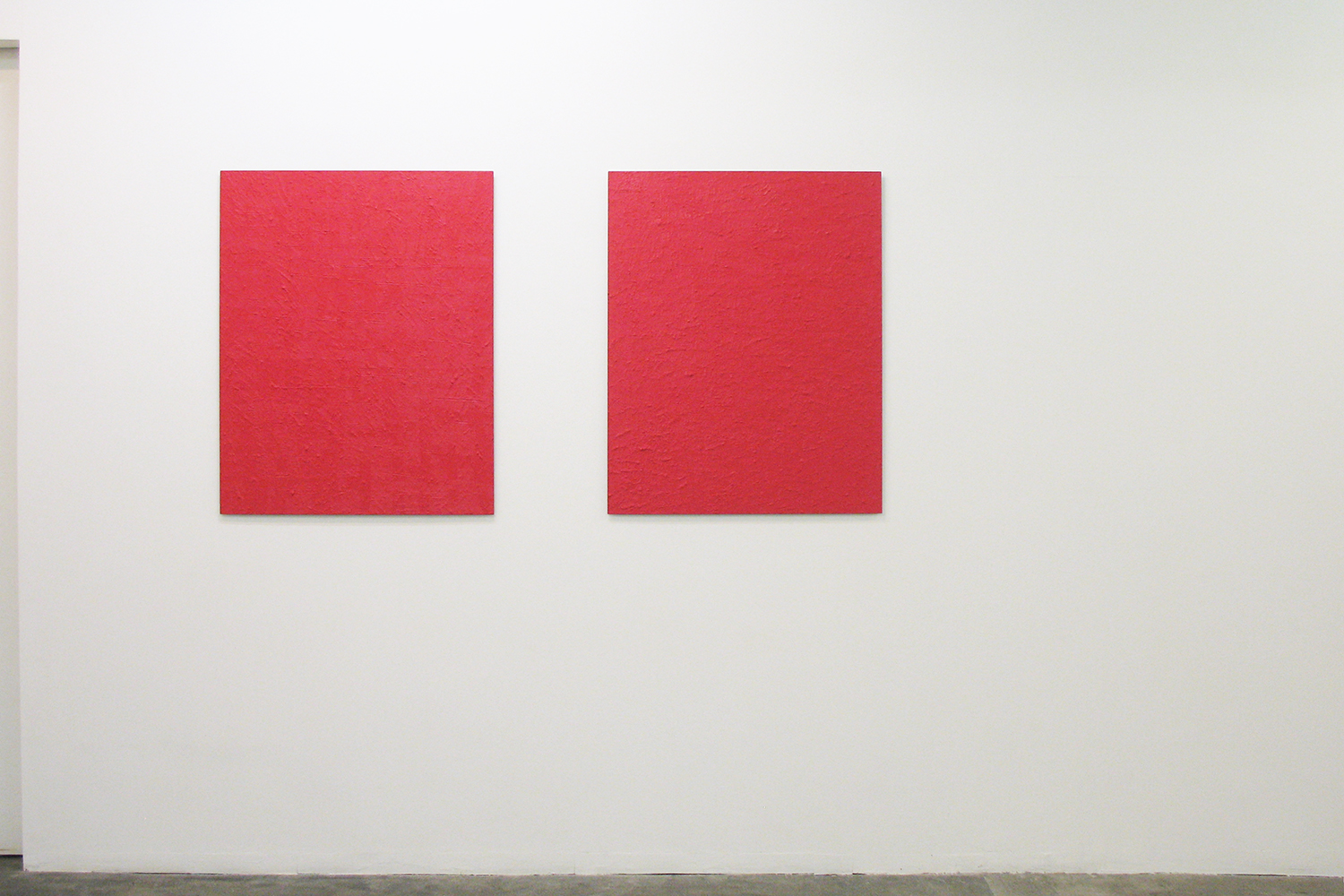 Untitled - Deep Red (right 2 pieces)|Oil on aluminum|910 x 727 mm|2012 each