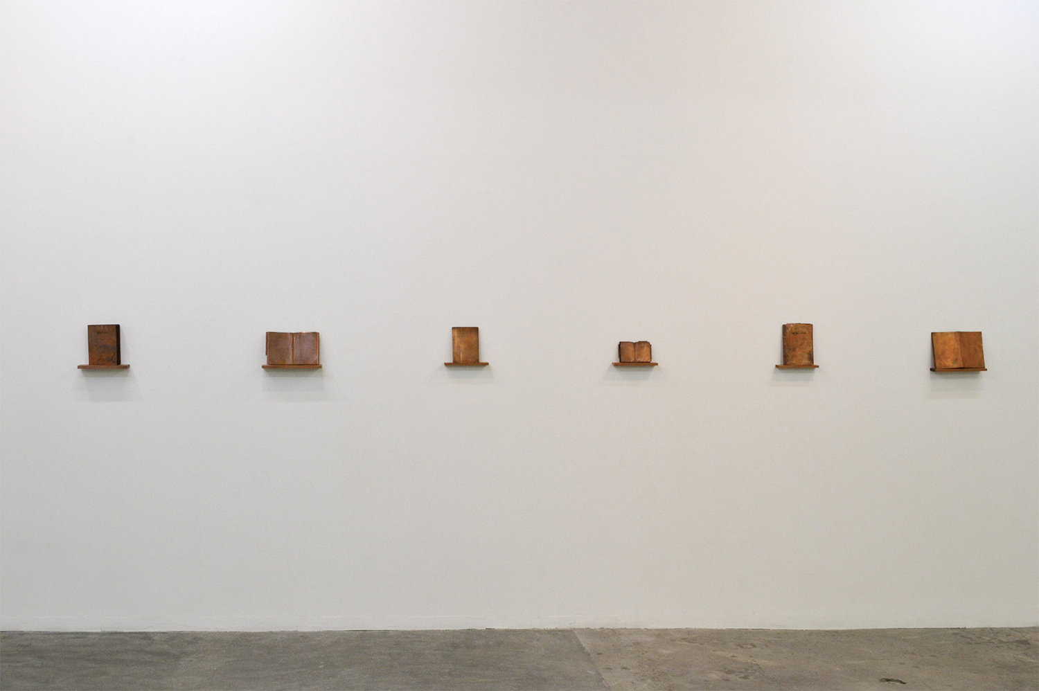 Installation View|note book series