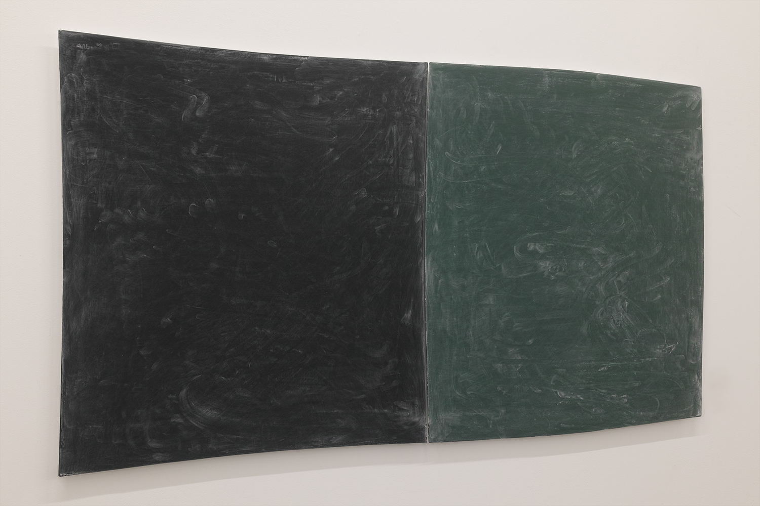 Drawing boards|Black board paint and chalkon panel |750 x 750 x 20, 770 x 770 x 20 mm|2020
