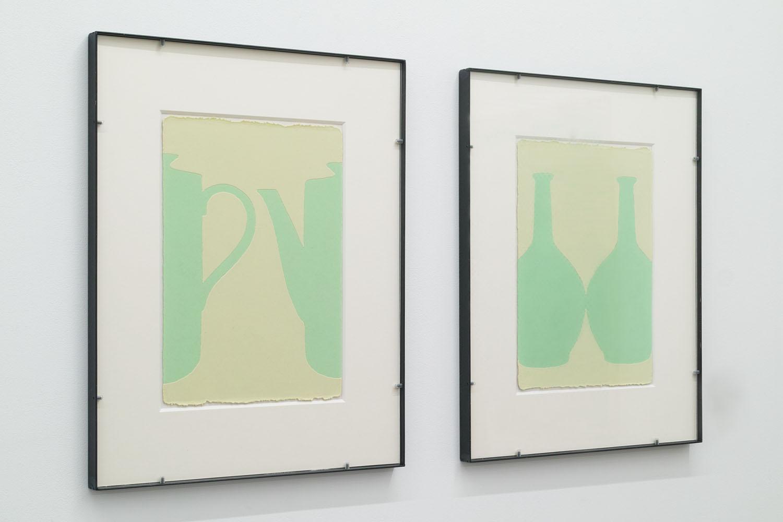 輪郭を探す・A-a & 輪郭を探す・A-b/looking for outline|Luminescent pigment on Japanese paper, iron|555 x 455 x 25 mm|2019