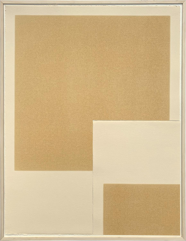 Quarter|Linseed oil on BFK paper|688 x 534 x 44 mm|2020<br><br>おさまりのよい位置に正方形を配置する。支持体の紙を縦横2本の直線で四等分し、その一つを切り取る。<br>切り取った部分を逆さにする。そうすることで、正方形の一部分が別の場所に移動する。実は余白もそのルールで移動している。