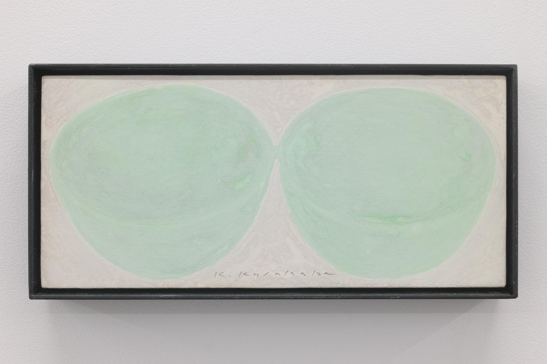 実物大という大きさ/Full-scale size|Acrylic paint, luminescent pigment, cotton on panel|115 x 240 x 40 mm|2019