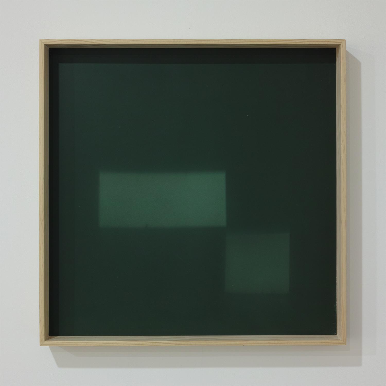 Beneath Daylight Ⅰ|wood frame, acrylic, light|62×62×6cm|2016
