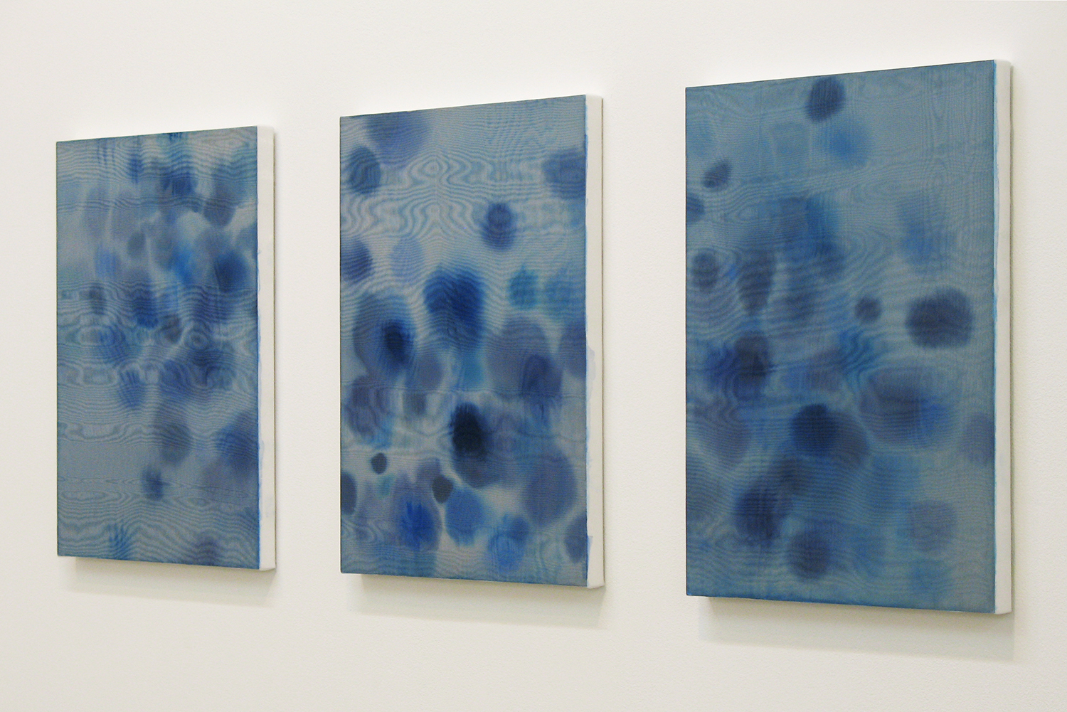 雨音(sound of rain)|雨音(sound of rain)|雨音(sound of rain)<br>panel, stainless steel sheet, glass organdy, acrylic|410  x 320 mm|2009 each