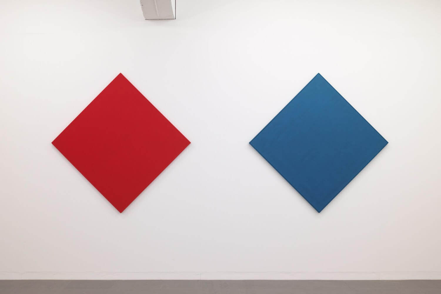 Text No.977 / oil, acrylic on canvas, 1410 x 1410 x 27 mm, each (set of 2), 2013