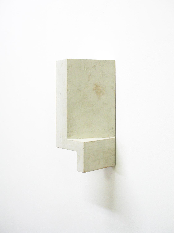 TS9123|Acrilic on MDF|15 x 7.4 x 10 cm|1991