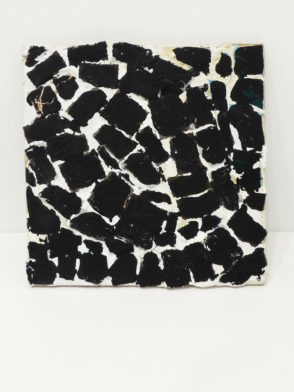 <b>Garagoto / ガラコト</b><br>Acrylic on ceramic, putty, wood 41.3 x 41.3 x 5.5 cm 1990