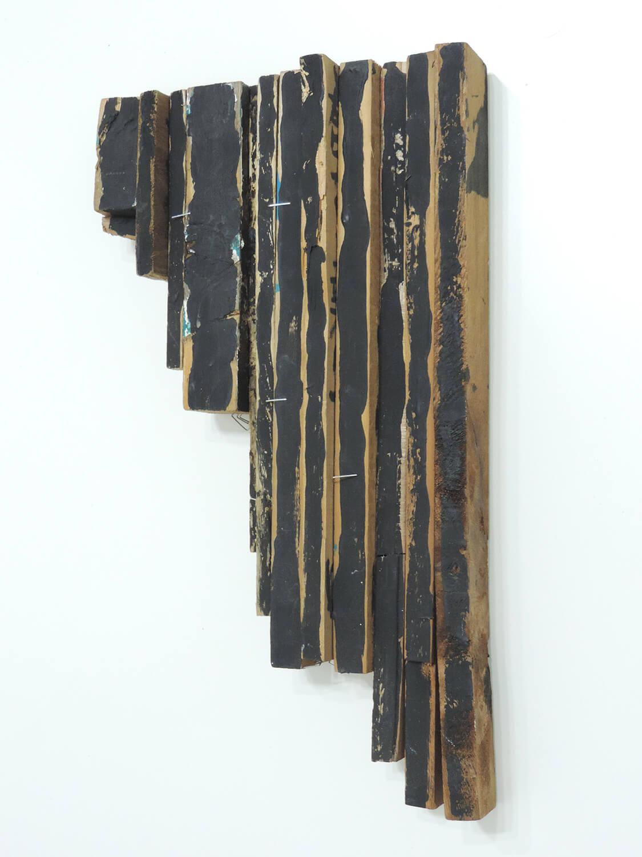 <b>Untitled</b><br>Acrylic on wood 38.2 x 22.1 x 5.9 cm 1992