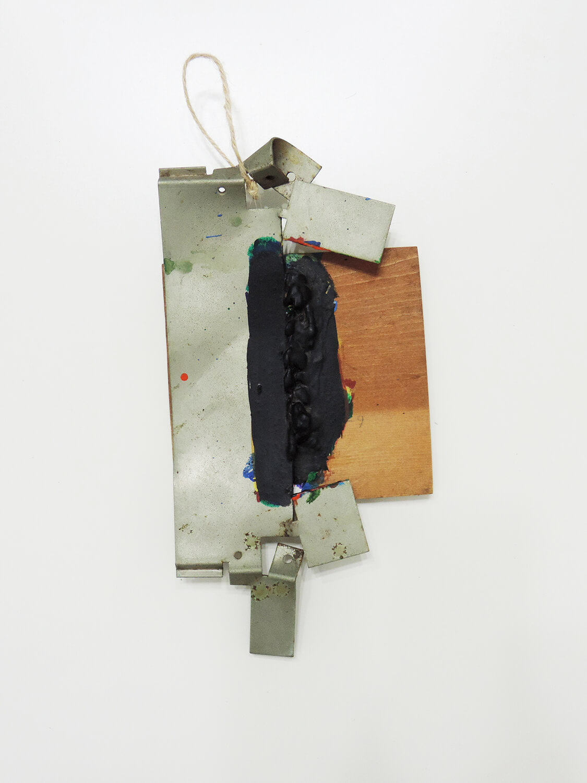 <b>Untitled</b><br>Acrylic, wood, metal 27 x 13 x 4 cm 1994