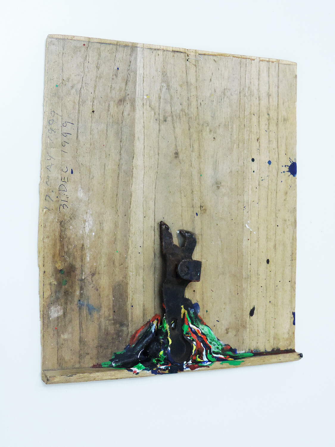 <b>Untitled</b><br>Acrylic on wood and metal 27 × 22.9 × 3.9  cm 1999
