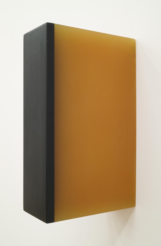 TS9522|Cast resin|37 x 10.5 x 22.5 cm|1995