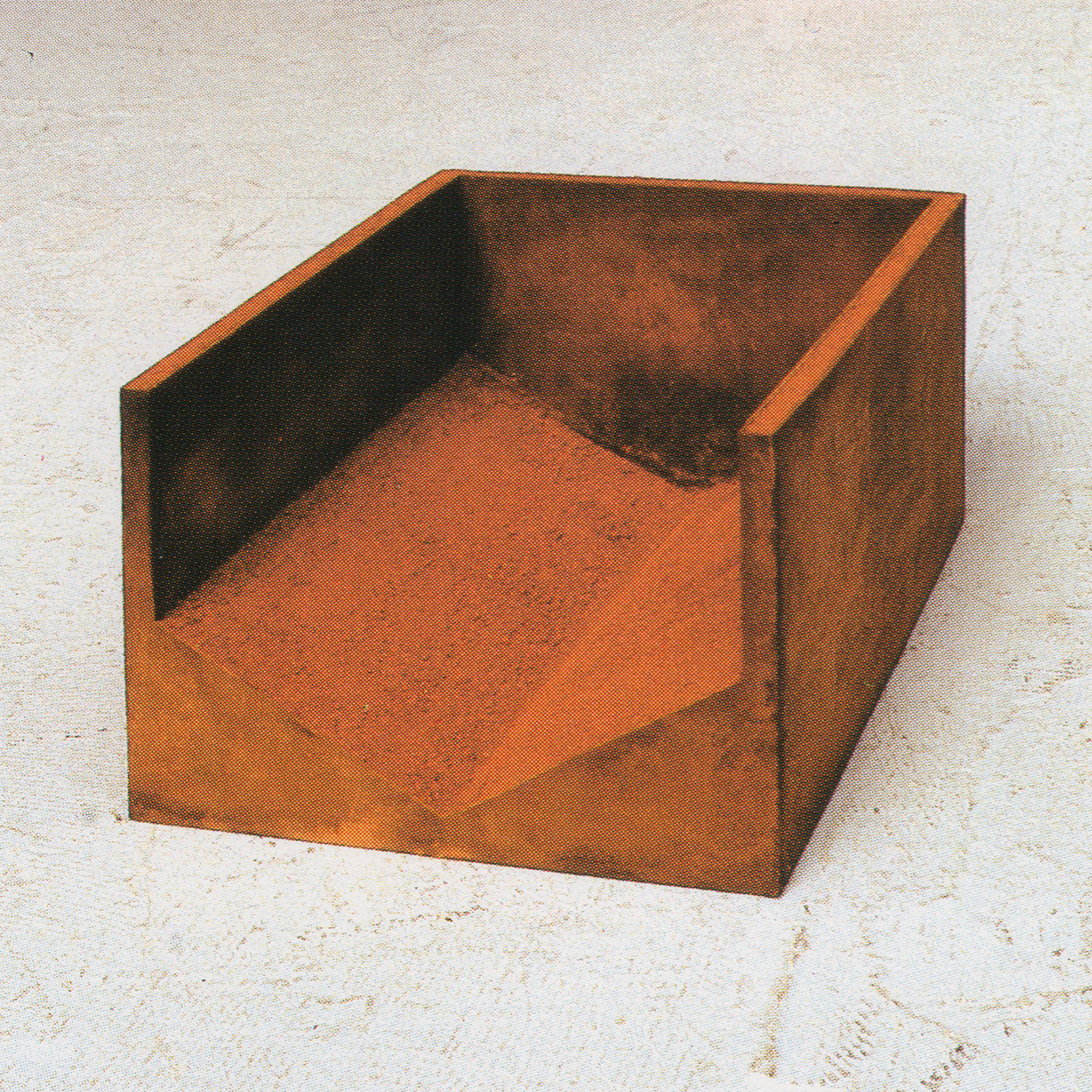 Day|iron and red sand|18 x 32 x 24 cm|1990