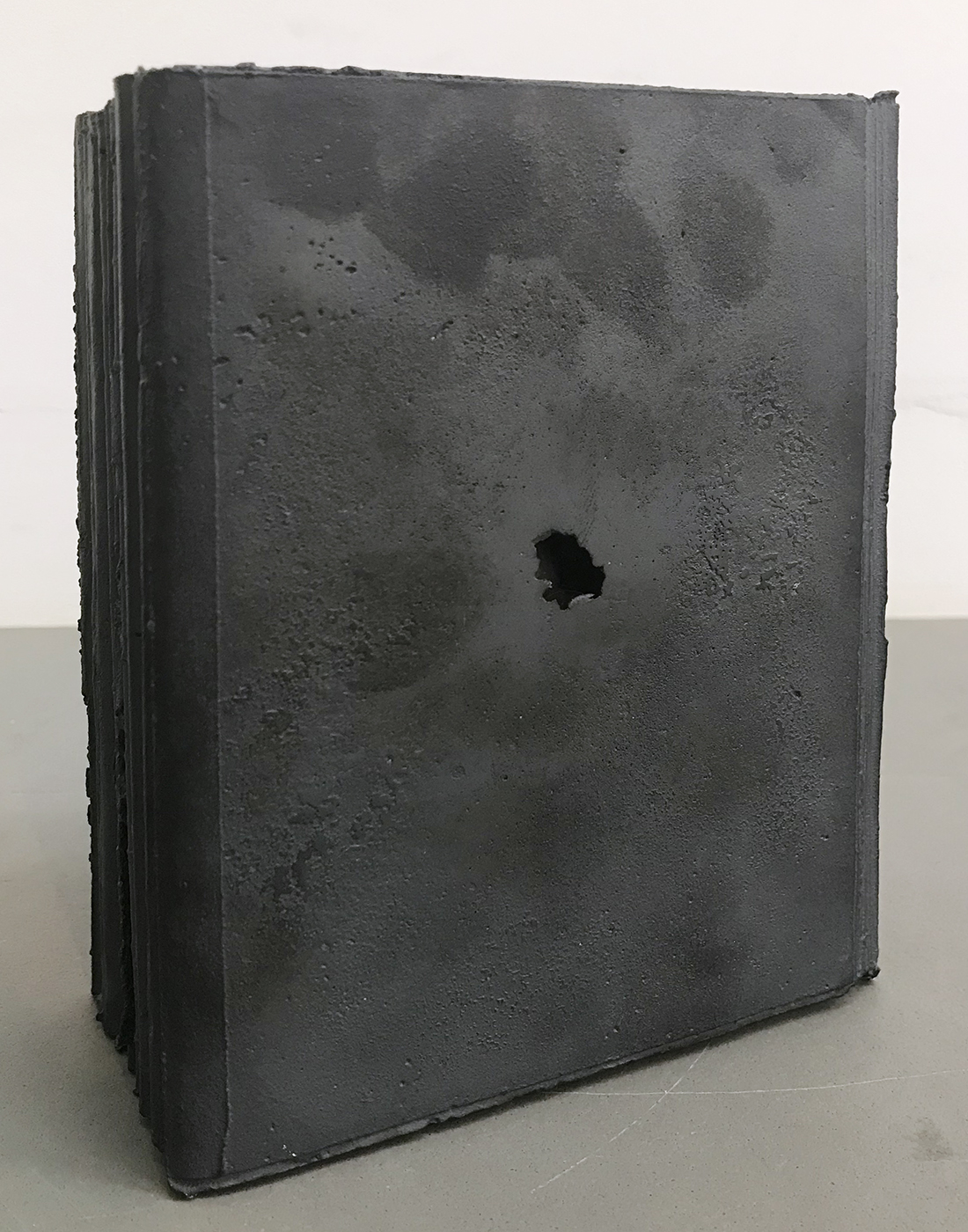 note book #51|cast iron|155 x 110 x 60 cm|2015